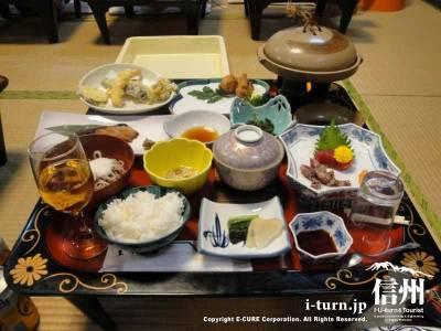 国楽館 戸倉ホテル|家庭的な料理と良質な温泉の宿【2】|千曲市戸倉温泉