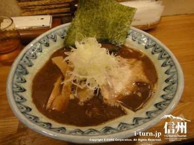 麺屋 蕪村|鶏白湯スープは深かった、噂通りの混雑と味|長野市南長野