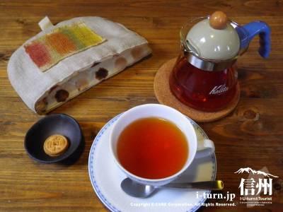 豆んちcafe|八坂神社前・静かに楽しめる、自家焙煎コーヒーと自家製ケーキのお店|安曇野市豊科