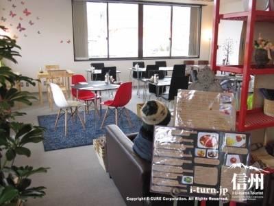 oriza(オリザ)+パン食堂|玄米粉パン専門店の昼も夜も楽しめる「パン定食」と「スウィート」|松本市出川