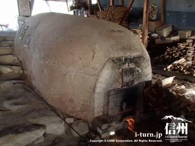やまもギャラリー|りんご畑の中にある昇窯(のぼるがま)の備前焼|南安曇郡松川村