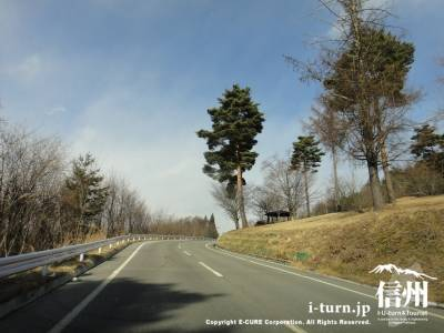 芥子坊主農村公園|松本平から安曇野が眺められる展望台|松本市岡田