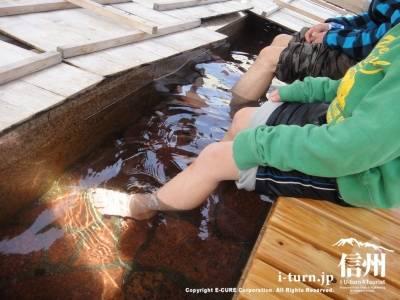 木曽川親水公園の足湯|木曽福島の街中にある無料足湯|木曽町福島