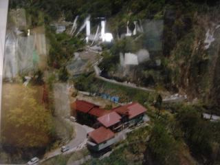 小谷温泉の谷にある旅館