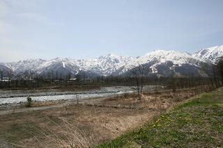 白馬高校横の川からの眺め