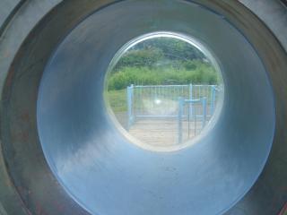 潜水艦の窓を反対から