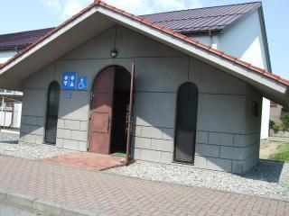 豊科近代美術館 トイレ