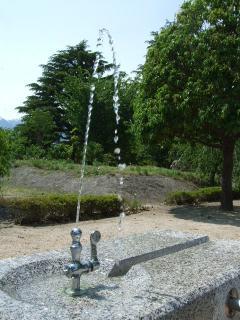 豊科近代美術館 水道