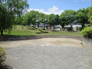 緑ヶ丘公園 多目的広場