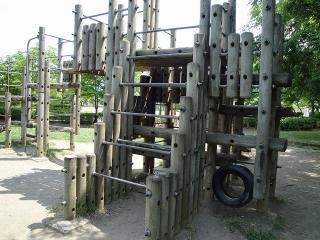 緑ヶ丘公園 アスレチック
