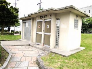 釜口水門の公衆トイレ