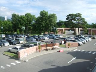 ラーラ松本 駐車場