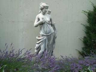 エミール・ガレの庭 銅像