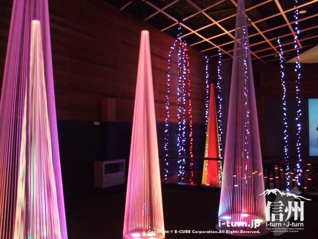 光の美術館1