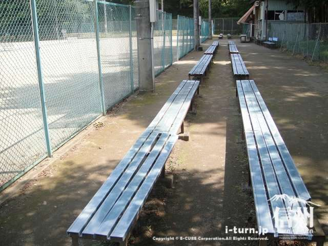 伊那公園 テニスコート観客席