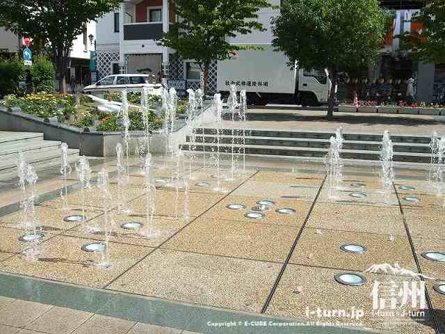 花時計公園噴水 フォーメーション2