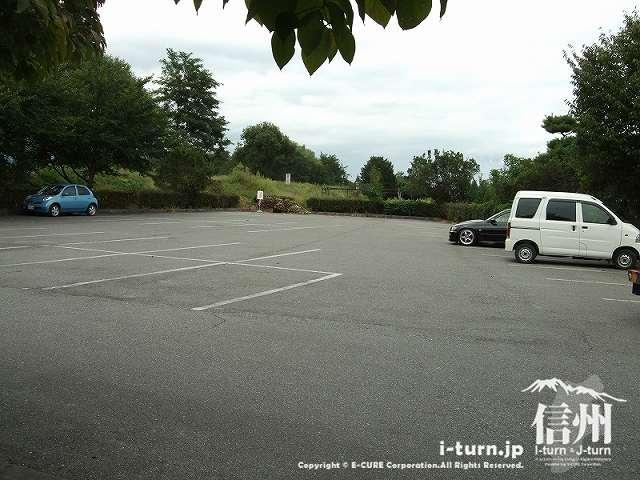 かじかの里の駐車場