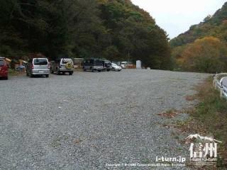 旧国鉄篠ノ井線廃線敷 白坂トンネル前駐車場