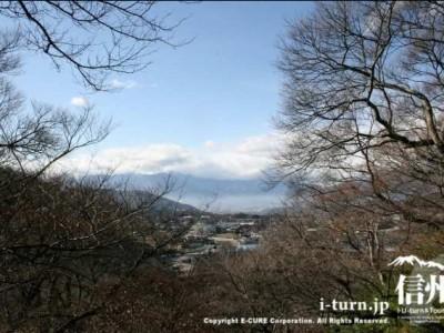 高遠城址公園から眺める伊那市街