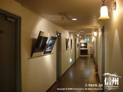 客室への廊下