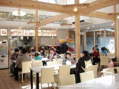 森のカフェテラス店内の様子