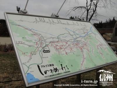 周辺地図とアルプス展望の案内