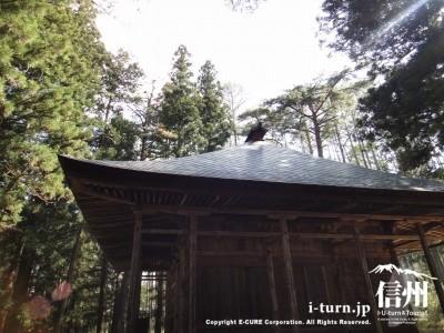 屋根の反り返りのカーブ