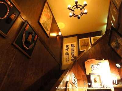 2会席への階段
