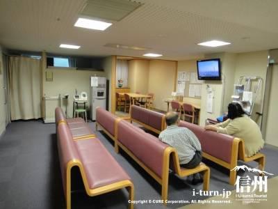 篠ノ井総合病院透析センター待ち合い室