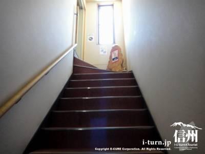3Fに登る階段