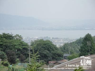 親ゆずりの味から見た諏訪湖方面