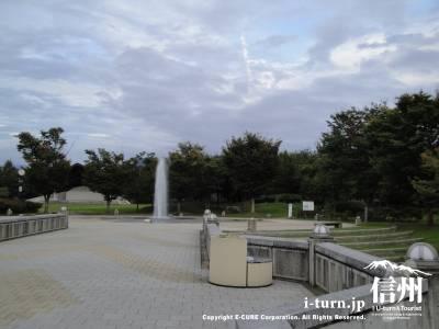 小布施ハイウェイオアシスの噴水広場