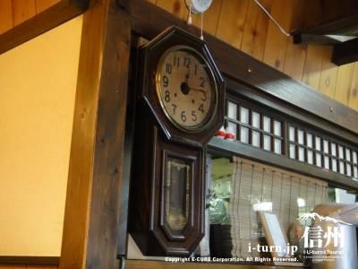 野麦にある古い時計