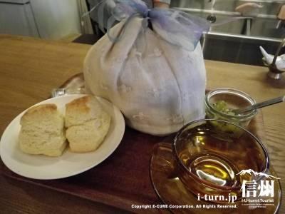 スコーンセット(紅茶)