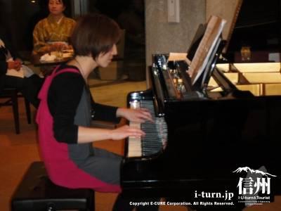 ピアニスト 橋浦淑子さん