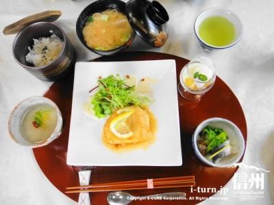 平日ランチ(魚)1050円