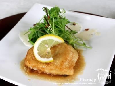 メインディッシュの魚