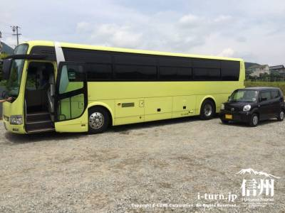 大型バスで観光にくる方もいました