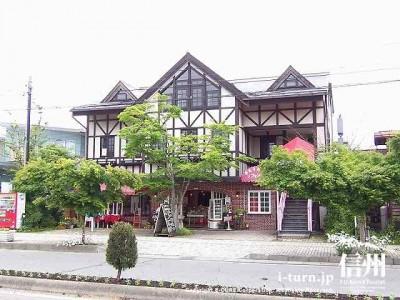 軽井沢本通りのショップ|食べ物やお土産など珍しいものが揃う|軽井沢東軽井沢