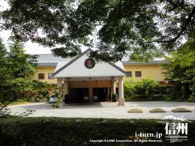 ホテルブレスンコート|軽井沢を代表するリゾートホテル|軽井沢町星野