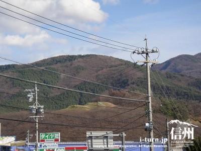 弘法山古墳|桜の時期は大賑わい冬の弘法山|松本市並柳