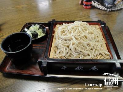 千秋庵|手軽にうまいそばを食べられる珍しい蕎麦屋|岡谷市長地