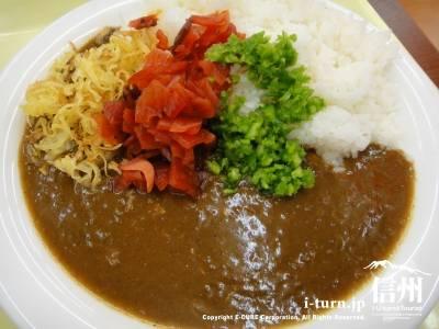 サミーカレー松本店|安早でボリュームあるカレーをガッツリ食べたい人向き|松本市島立