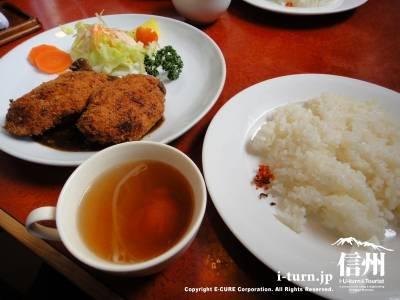 おきな堂|昭和8年創業の地元を代表する老舗洋食屋|松本市中央