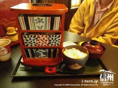 旬彩 ふきよせ|女鳥羽川沿いの和風創作料理店|松本市中央