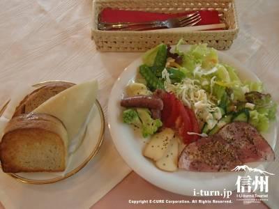 カフェ・ジャルダン|朝8時から手づくりサンドイッチが食べられるお店|安曇野市穂高有明
