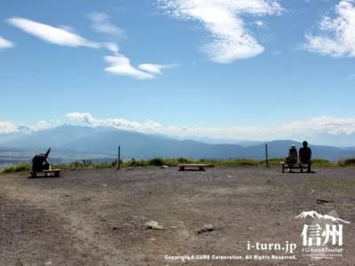 車山山頂|標高1925m霧ヶ峰の主峰、360度パノラマビュー|茅野市北山