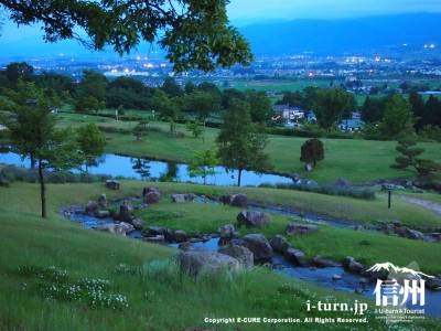 池田クラフトパークの蛍|標高634mから楽しむ蛍と夜景|池田町会染