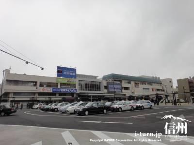 松本駅お城口(東口)|すっきり機能的に生まれ変わったお城口の駅前広場|松本市中央