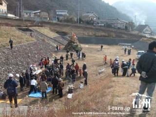 三九郎|無病息災を願う小正月の行事|中信地区
